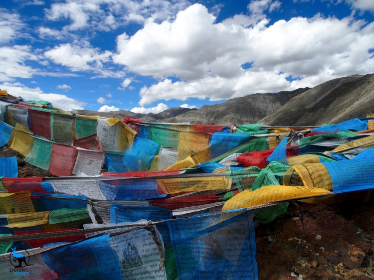 Prayer flags in Tibet - Olympus Pen EPL-3, 14mm (28mm eq.), f10, 1/400