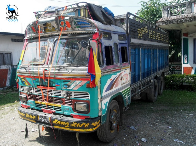 Nepali truck drivers seem to be infinitely fond of colors.