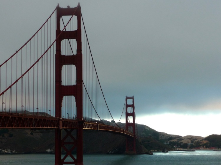 The reason why I was so exhausted: even though I did not have a travel blog back then, I couldn't leave without my own crappy picture of the Golden Gate Bridge.