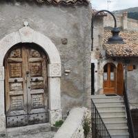 Abruzzo Road Trip: Castel Del Monte