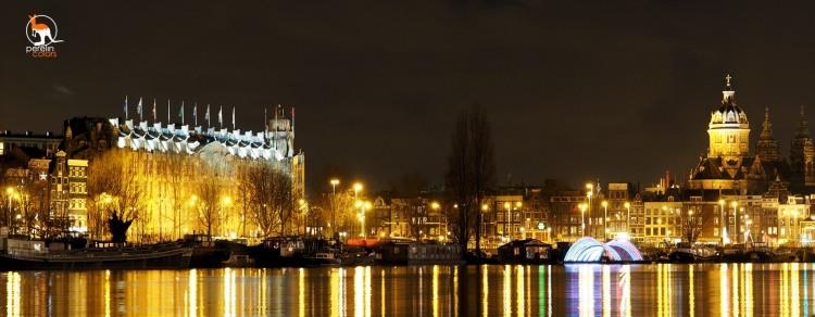 Amsterdam city lights at night, seen from near Hotelschip Gandalf - Olympus OMD EM-10 with Olympus M.Zuiko 45mm, 3.2, f4.5