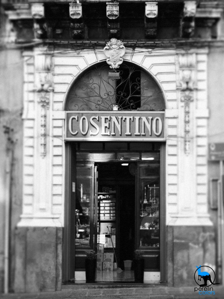 Catania_BW