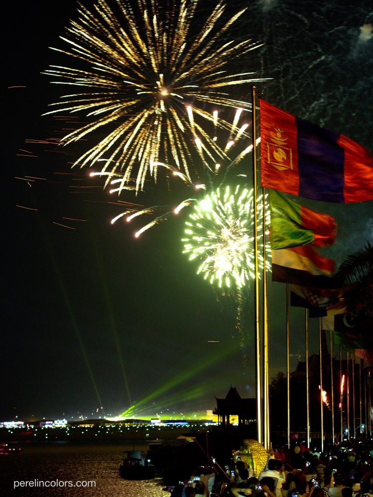 pc_fireworks_phnom_penh