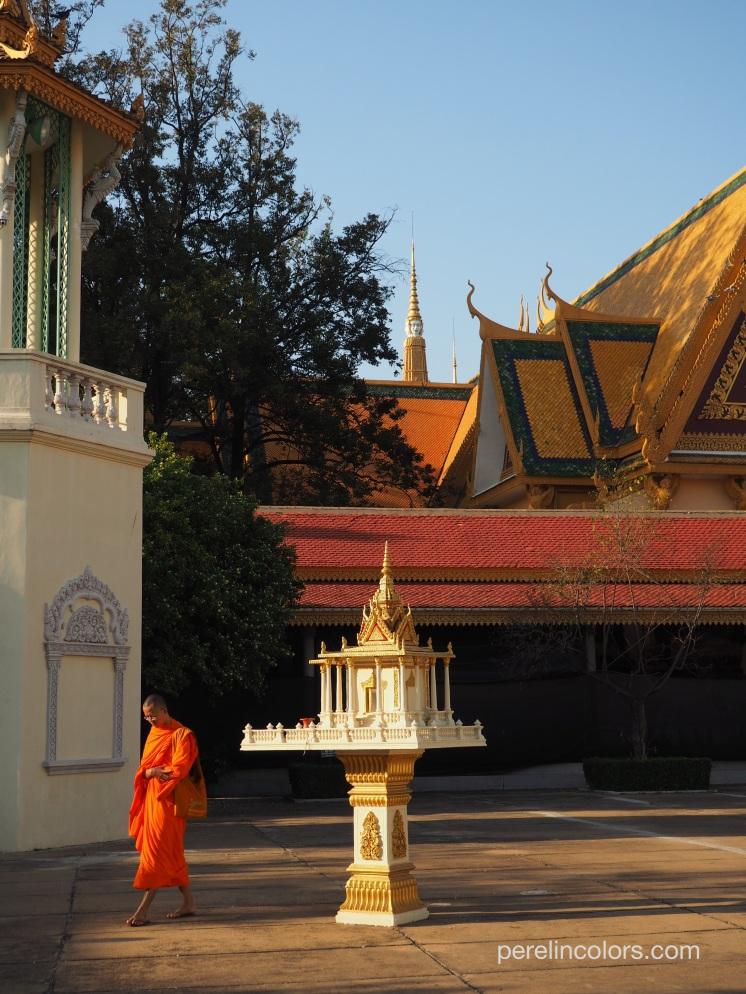 Visiting the Royal Palace
